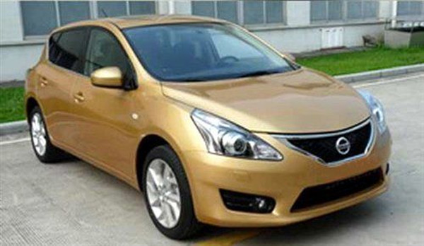Nissan Versa